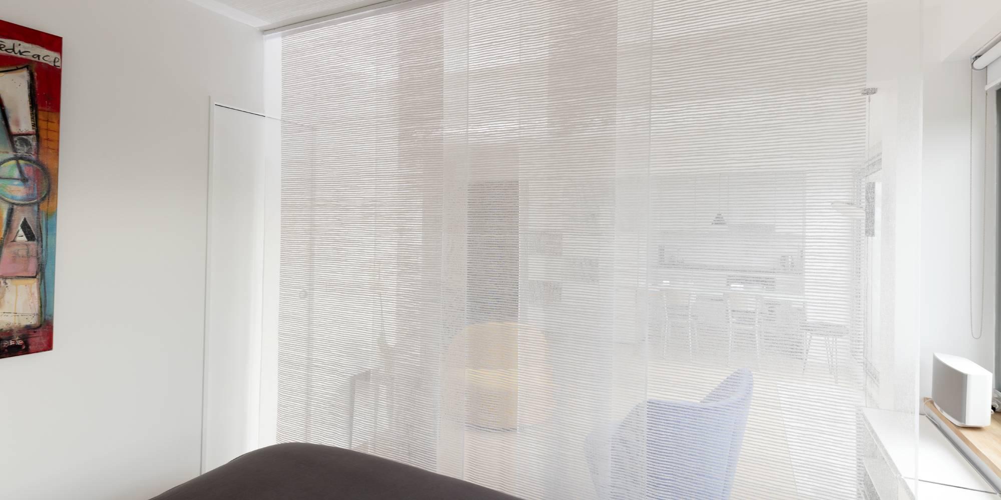 """Panneaux """"sieste"""" pour séparer une chambre d'un salon"""