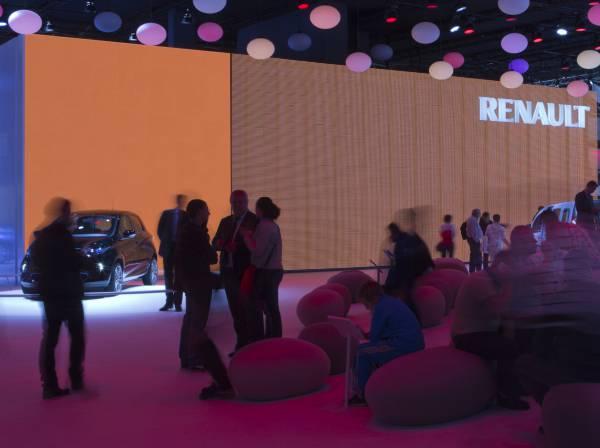 Paris Automobile Convention 2012 . Renault booth-1