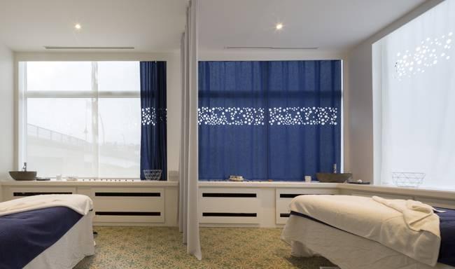 Translucent flat curtains in ultra marine blue