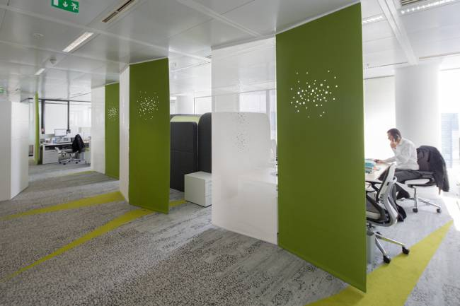 Space dividers in green felt with our « city lights » design & in white sun screen mesh with our « little windows » design