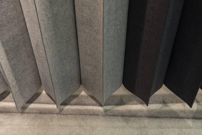 bottom details pleating panel in felt
