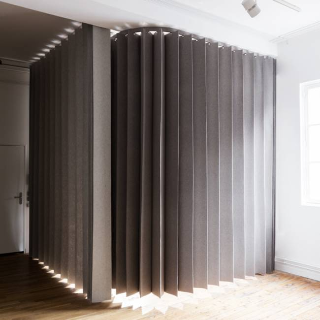namad-pleating-panels-view-1