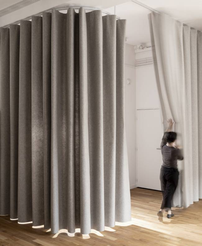 namad-XL-wave-curtains-view-2