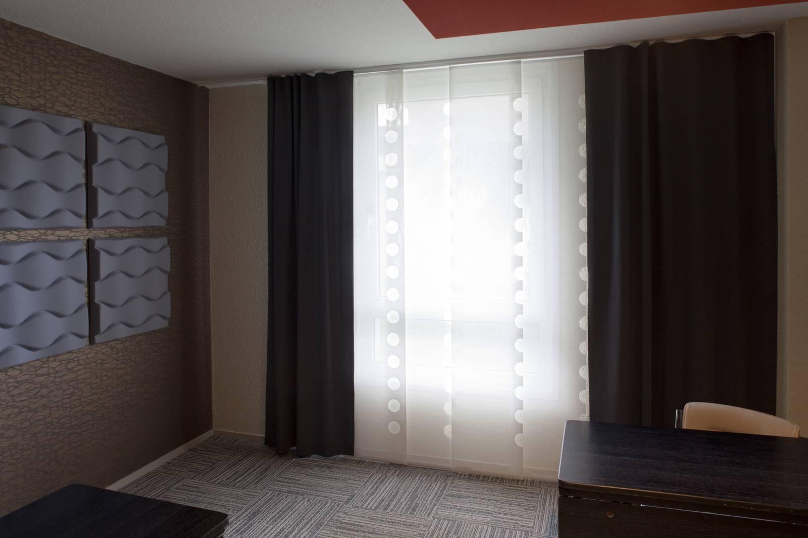 """Panneaux japonais écran solaire """"Le Cahier"""" - exemple de réalisation 12"""