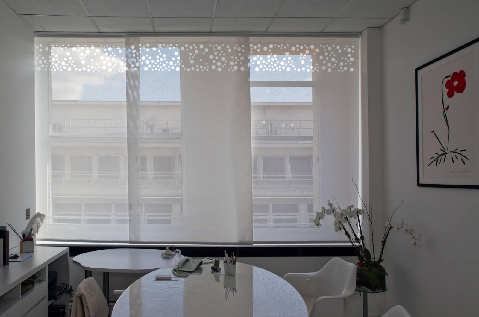 """Panneaux japonais écrans solaires """"Bulles de savon"""" : bureau de direction - Paris - 2"""