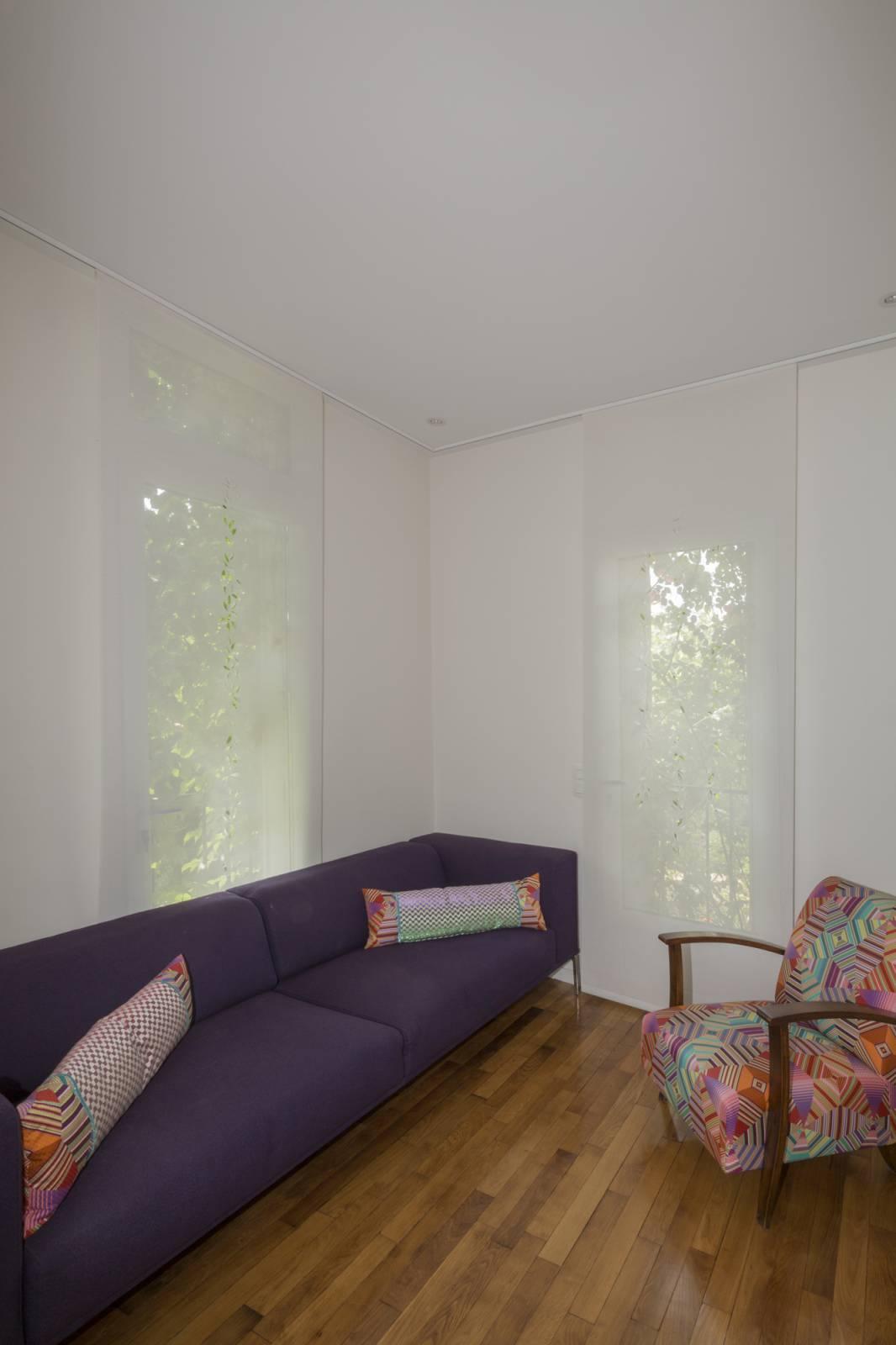 """Panneaux japonais écran solaire """"Guirlande de feuilles"""" - exemple de réalisation 13"""