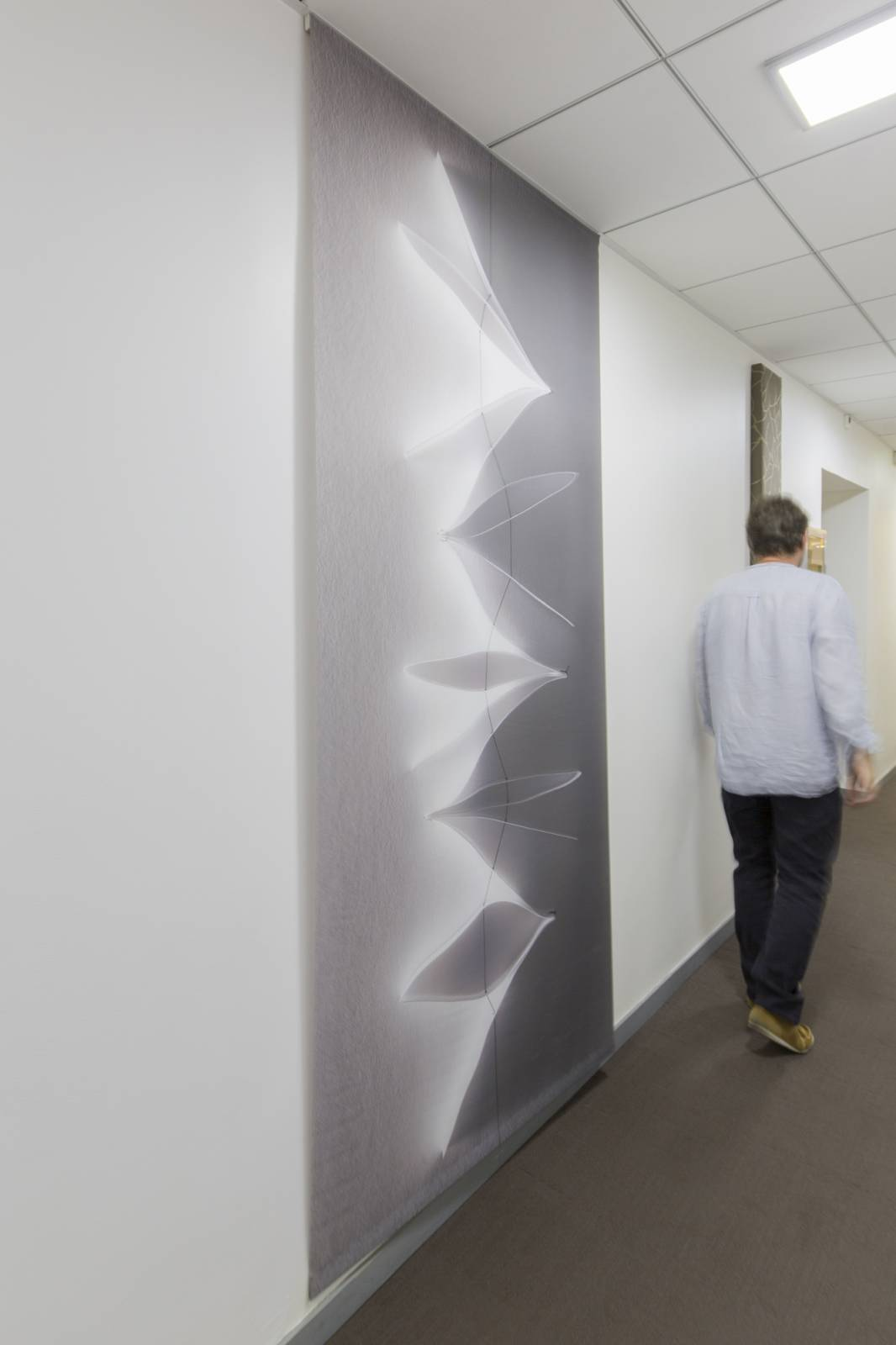 """""""Jasmin"""" trompe l'oeil sliding panel - example 1"""