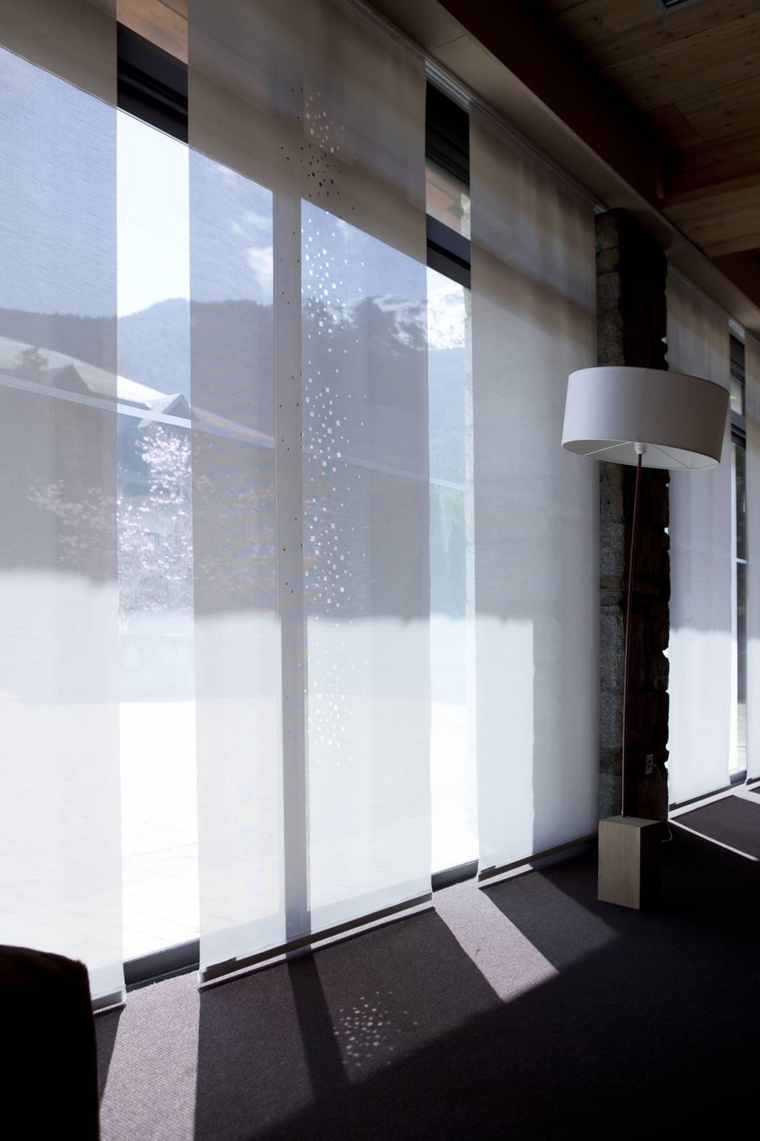 """Panneaux japonais écran solaire """"Petites fenêtres"""" - exemple de réalisation 9"""