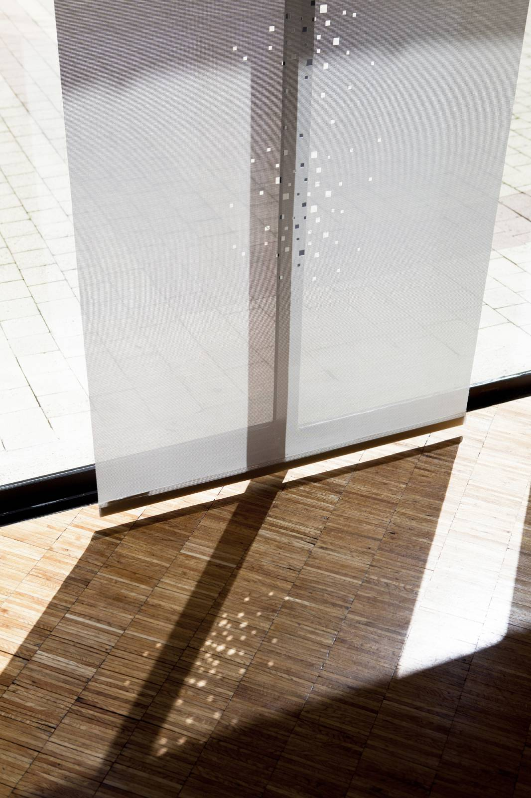 """Little windows"" sun screen sliding panel - example 10"