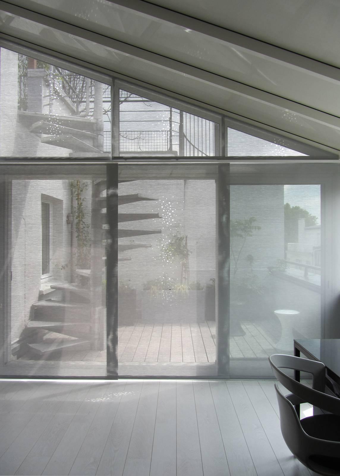"""Little windows"" sun screen sliding panels - 1"