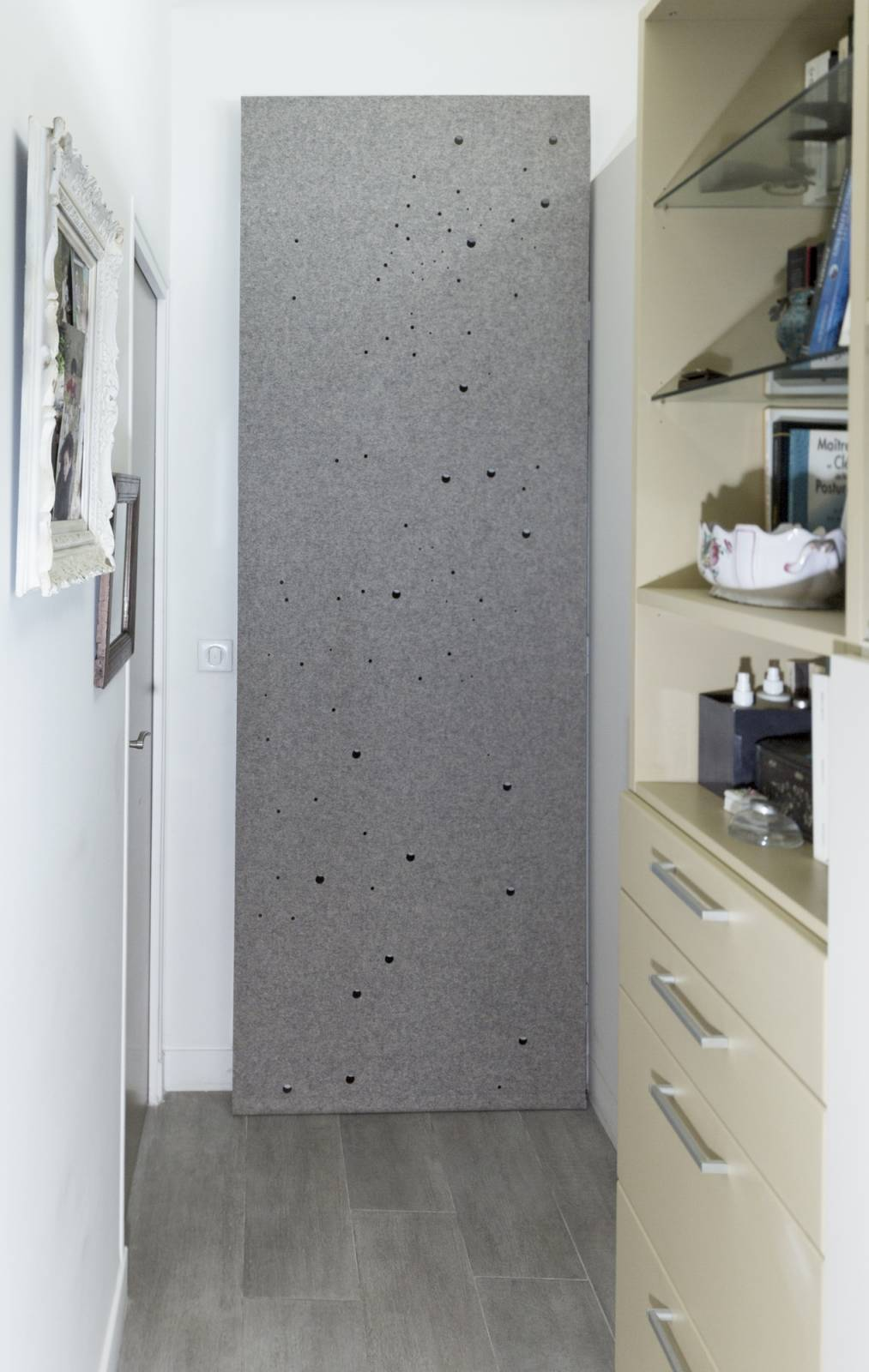 """Milky way"" acoustic sliding panel - example 1"