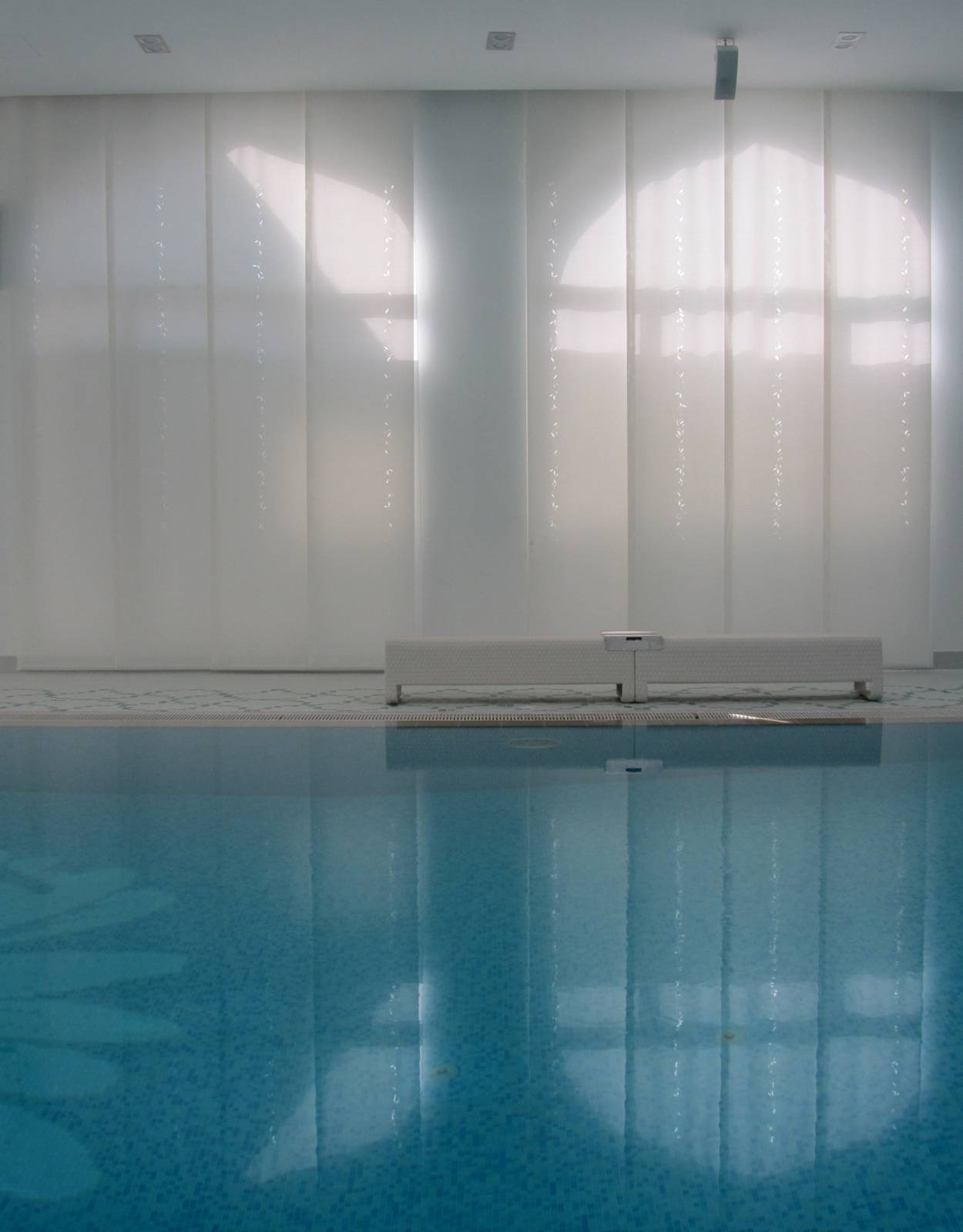 Piscine dans villa privée-3