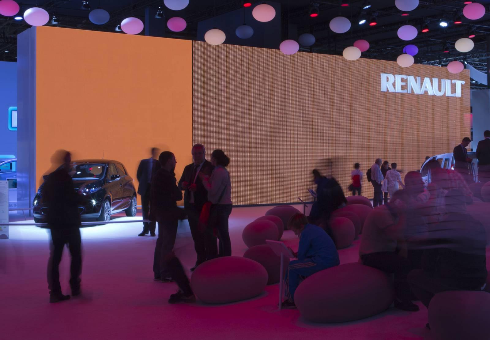 Mondial de l'Automobile . stand Renault 2012-1