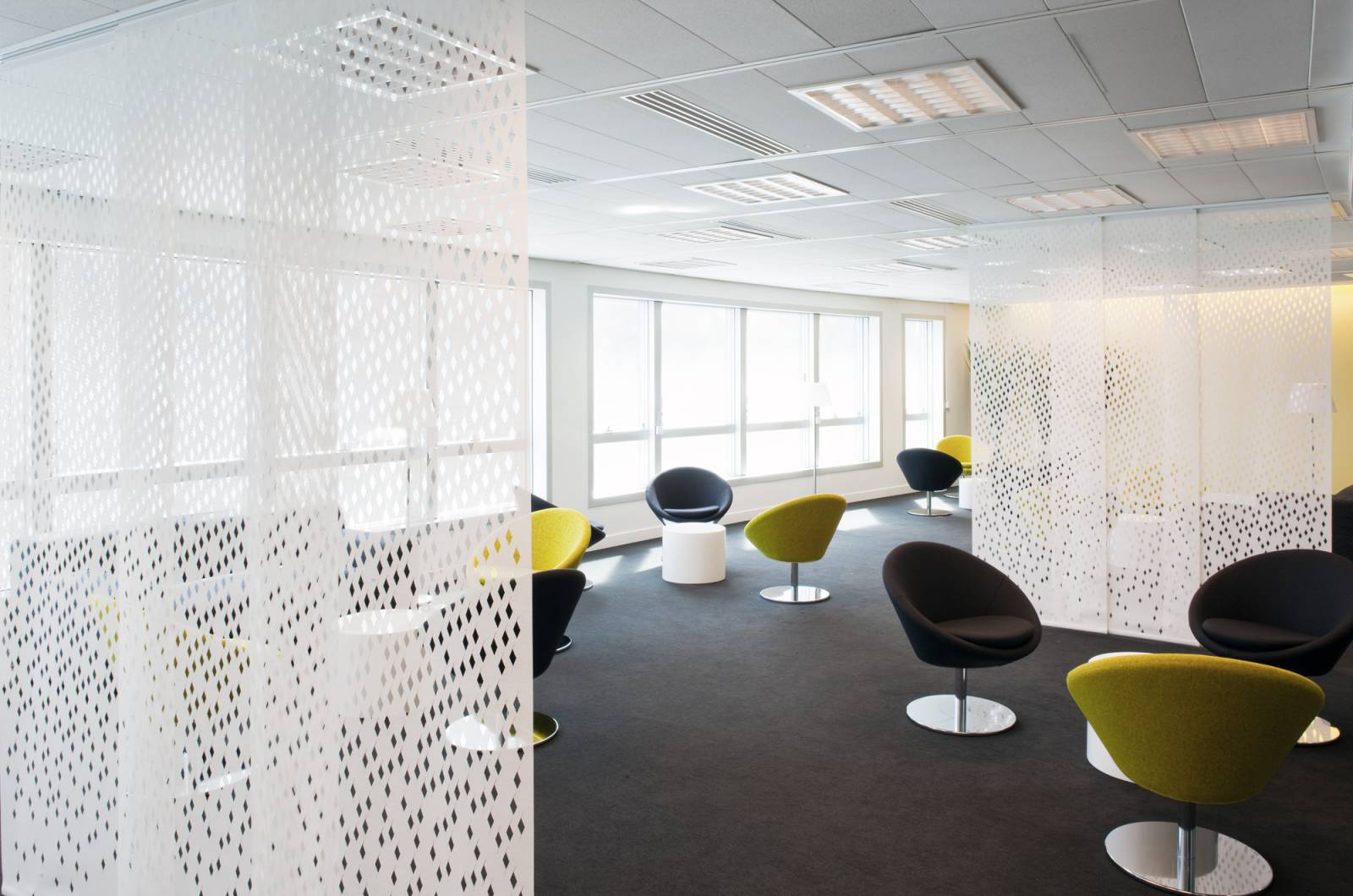 room-dividers-for-lounge-area-2