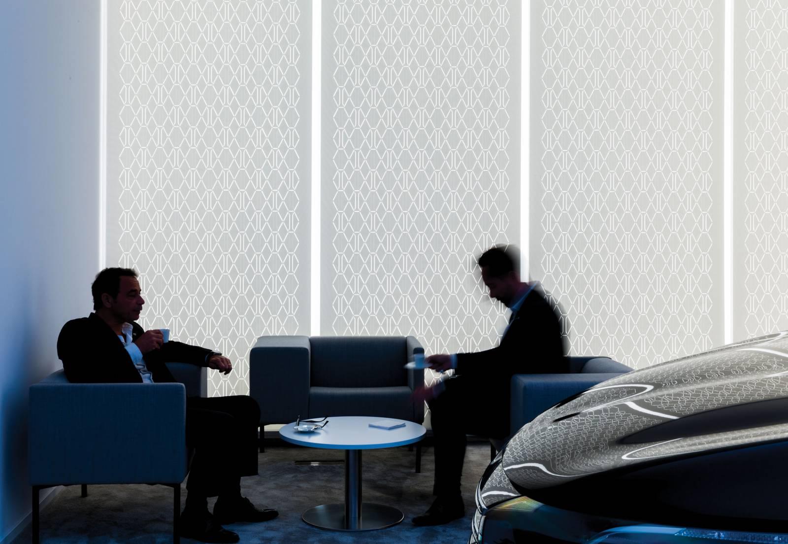 2 - Séparation d'espaces pour la marque INITIALE PARIS du groupe RENAULT