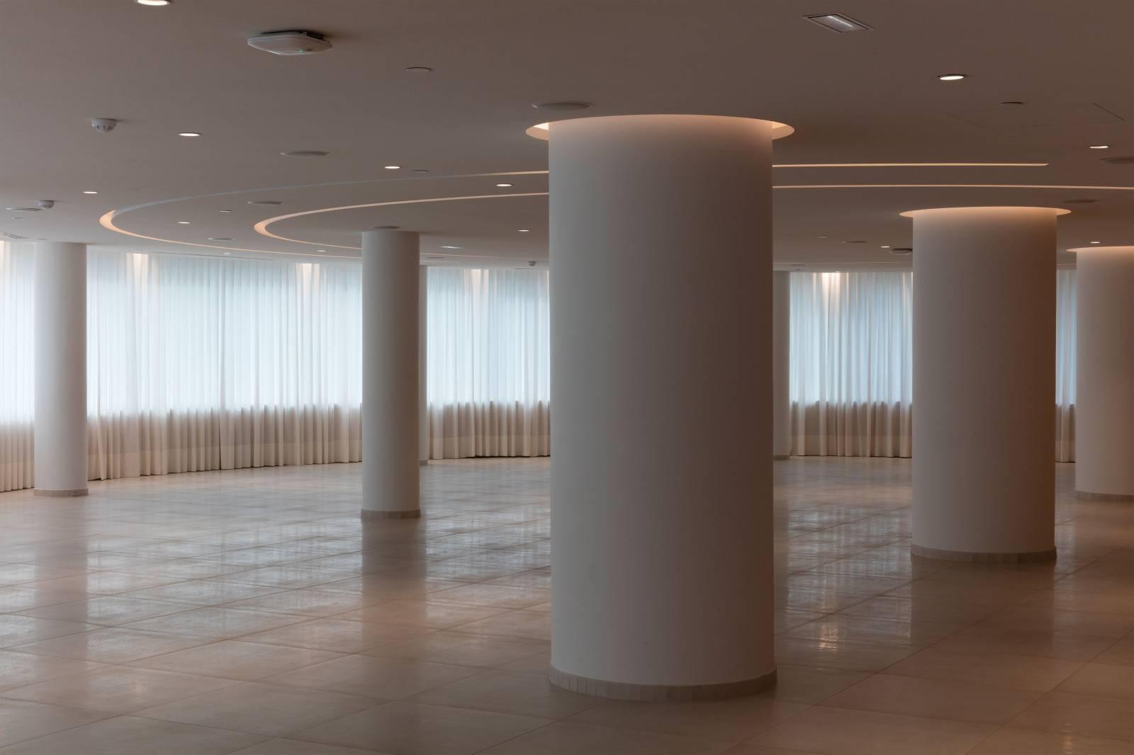 4 - Habillage de fenêtres pour Allianz