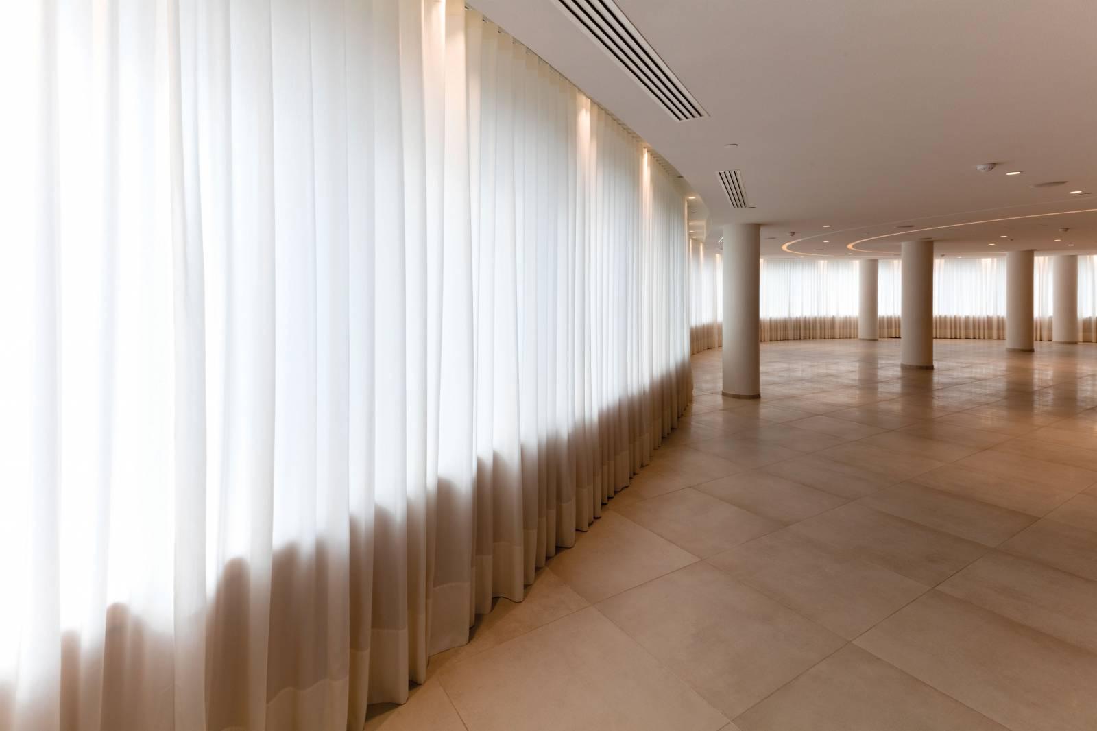 7 - Habillage de fenêtres pour Allianz