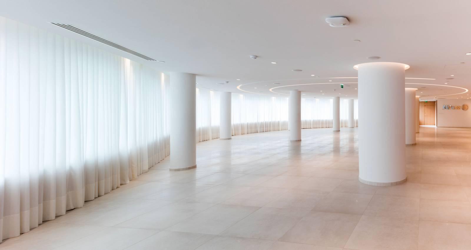 6 - Habillage de fenêtres pour Allianz
