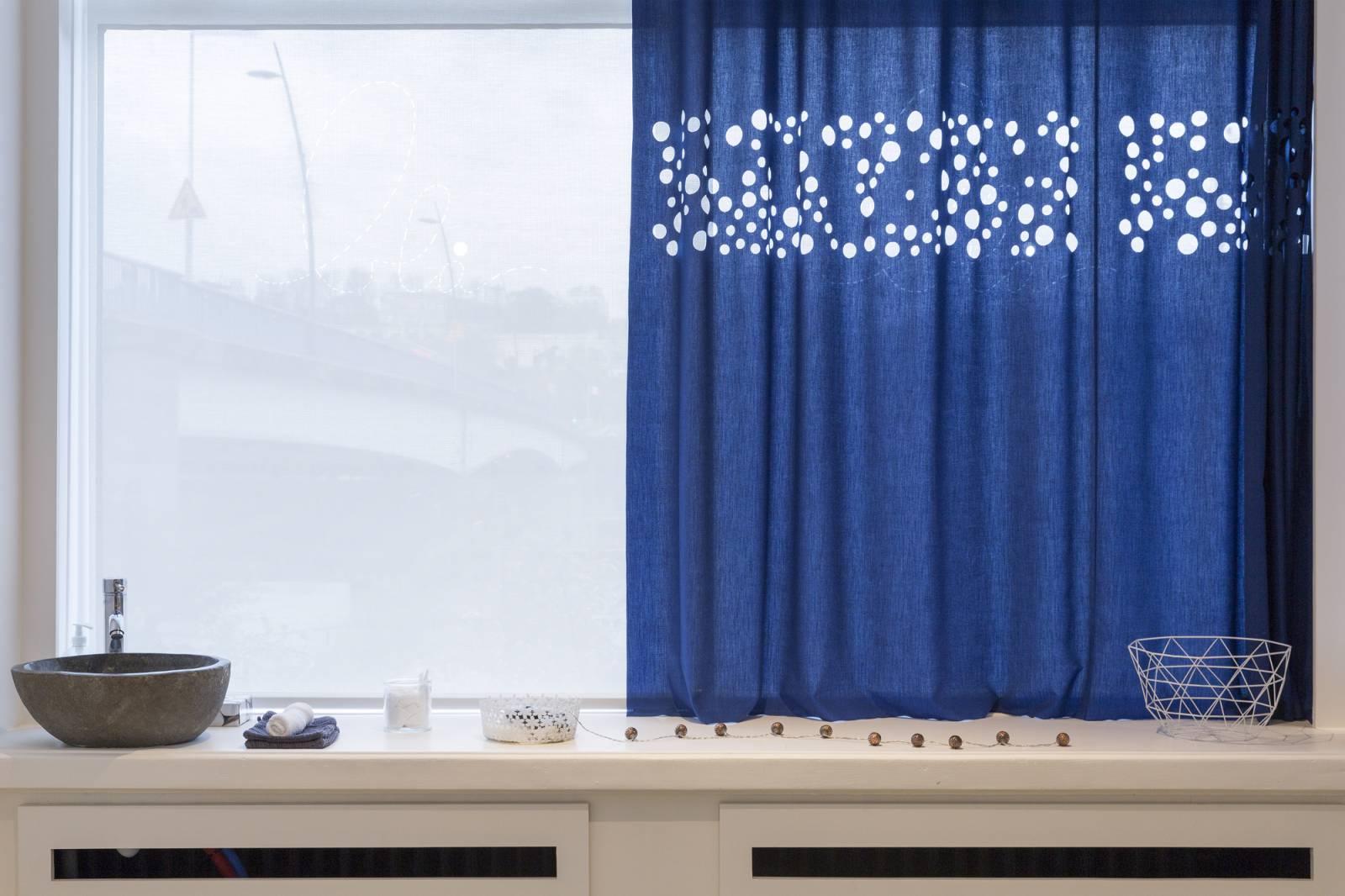 Flat curtains s : Spa Bla