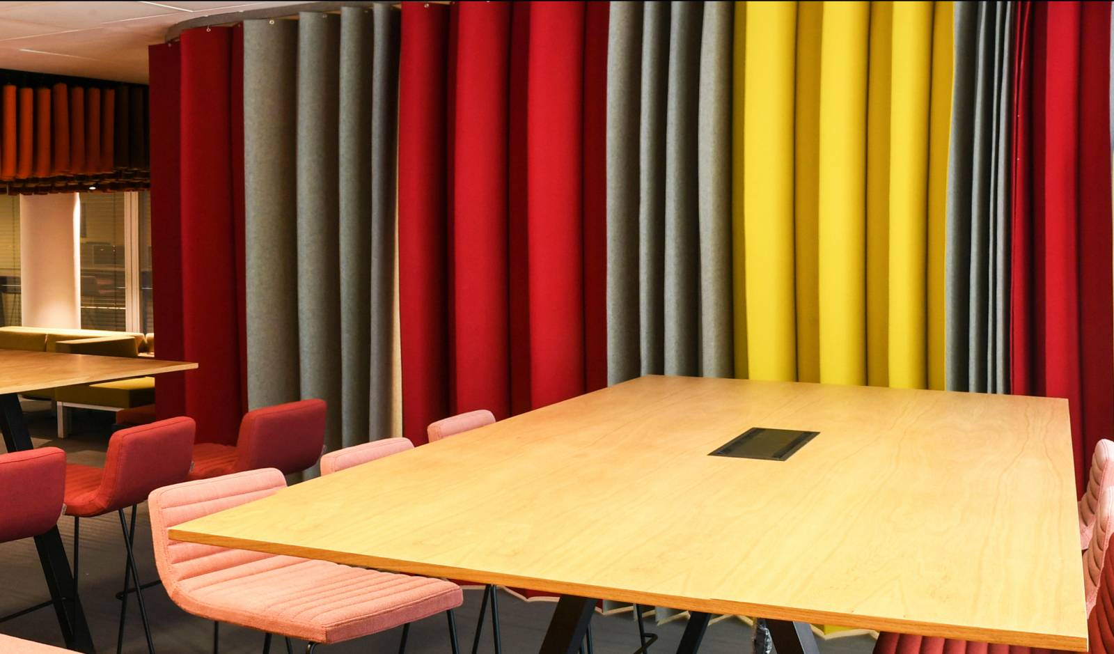 Pleating-panel-in-3-colours-red-yellow-grey