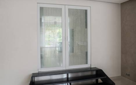 """Parois en verre transparentes : """"sieste vertical"""" cendre"""