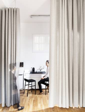 namad-XL-wave-curtains-open-position