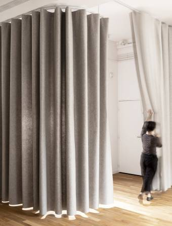 namad-XL-wave-curtains-semi-open-position