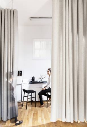 """Namad"" acoustic felt collection - ""Namad"" XL wave curtains"
